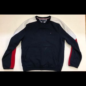Tommy Hilfiger sweater used twice bought for 100